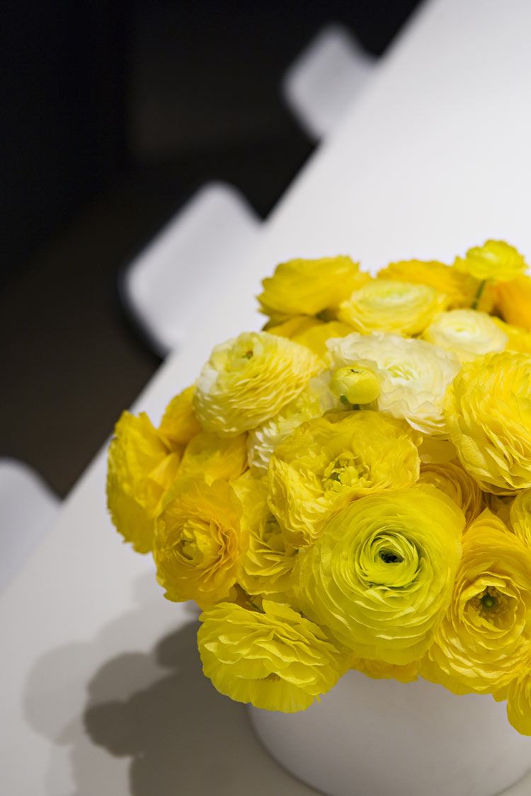 JackPrice_yellow_bouquet_03.jpg