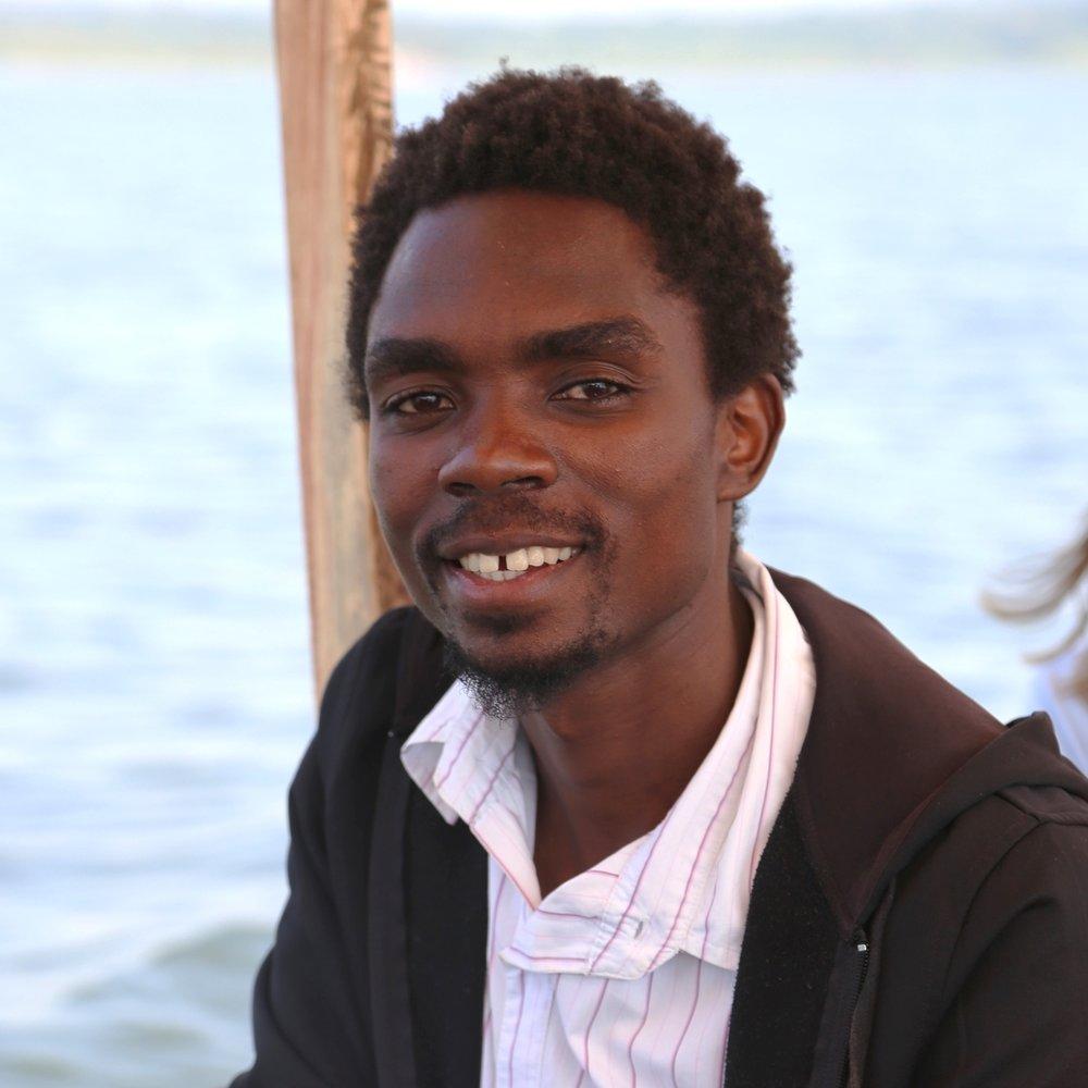 Director Daniel Awali