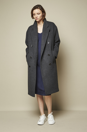LONG WOOL COAT - CHARCOAL —