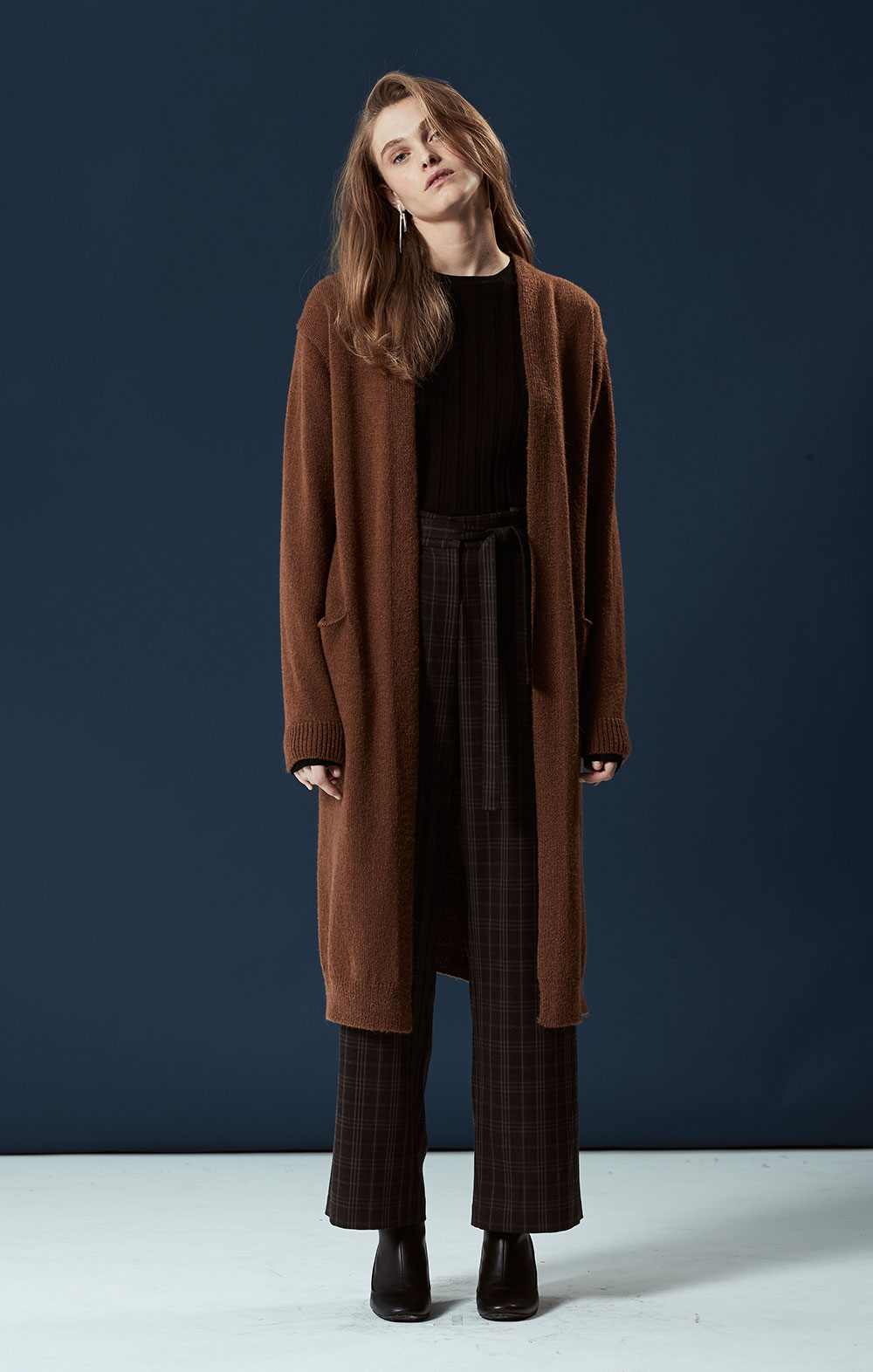 Alpaca-blend Long Cardigan FBK092-BRN Long Sleeve Ribbed Pullover FBK012-BLK Tie Front Wide-leg Pants FBP035-BRN