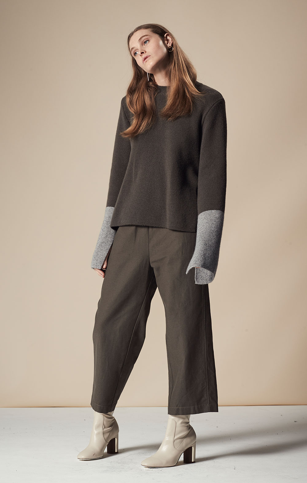 Cashmere-blend Color Block Pullover FBK094-OLV/GRY Elastic Waist Washed Cotton Pants FBP042-OLV