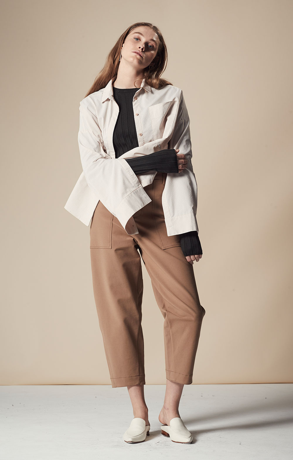 Open Sleeve Striped Shirt FBT020-CML Long Sleeve Ribbed Pullover FBK012-DGR Pocket Detail Cropped Pants FBP030-BEG