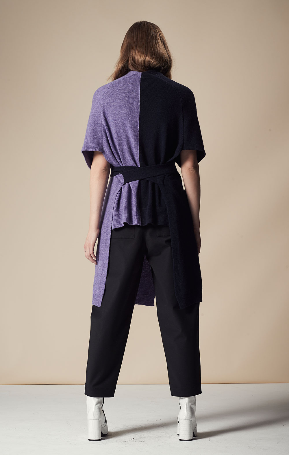 Cashmere-blend Color Block Vest FBK097-NVY/PUR Pocket Detail Cropped Pants FBP030-BLK