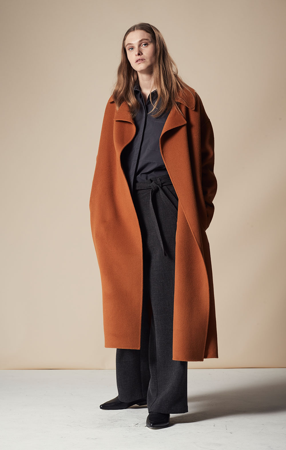 Cashmere-blend Handmade Coat FBJ080-ORG Open Sleeve Striped Shirt FBT020-BLK Tie Front Wide-leg Pants FBP035-CHR