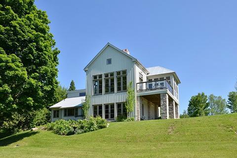 MULMUR SUMMER HOUSE