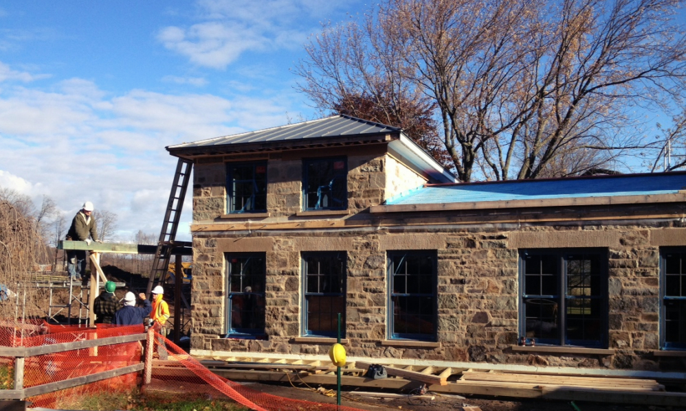 Zinc roof installation