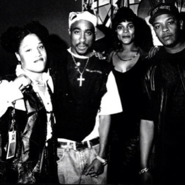 With #Tupac & #DrDre in the early 90's … #LadyofRage #FemaleEmcees #WestCoasthiphop #WestCoastrappers #deathrowrecords #afropuffs #tupacshakur #2pac #makaveli #nwa