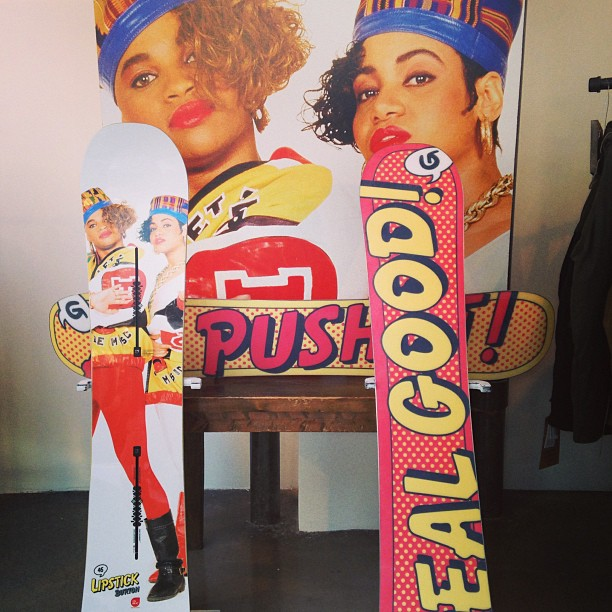 meldcole :     I need this for this winters which will be my 1st year snowboarding! @burtonsnowboards #saltnpepa #pushit