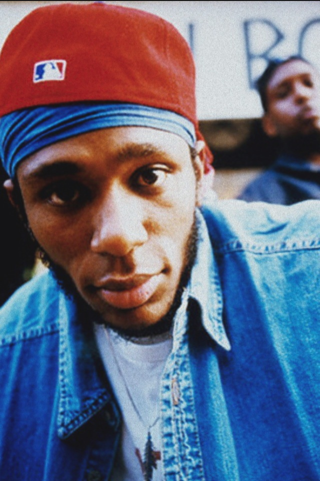 """hiphopfightsback: """"Record companies are not necessarily interested in you realizing your artistic dreams and full potential. The bottom line is that they got to sell records, regardless of the artistic quality."""" - Mos Def"""