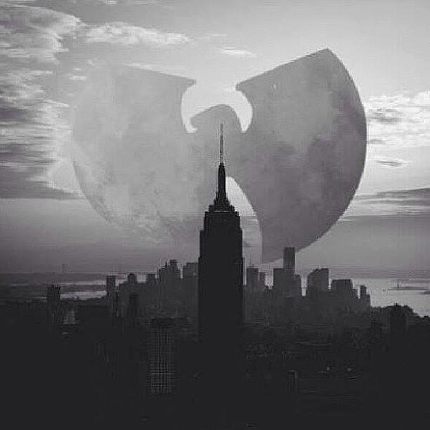 olocpma :     NYC Bound this morning w/ @maximushenrymorse #WuWednesday #NYC      http://hiphopsmithsonian.com/wu-tang-clan/