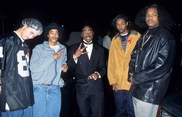 awesomevsawesome :     Tupac x Bone Thugs-n-Harmony