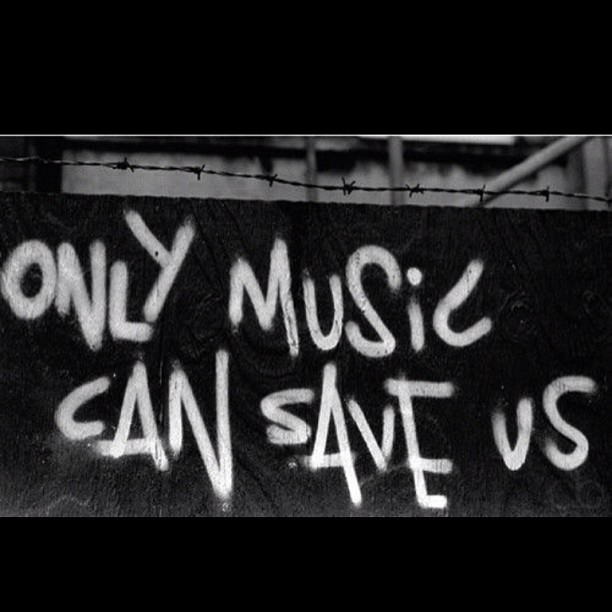 living-like-a-king-s0meday :     music is life. on We Heart It -   http://weheartit.com/entry/64663722/via/FuckingZombielover     Hearted from:   http://statigr.am/p/477525153719596456_381734428