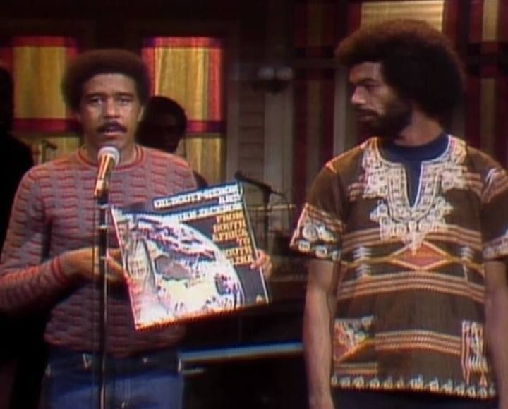 soulbrotherv2: Richard Pryor and Gil Scott Heron appeared together on the December 13, 1975 episode of Saturday Night Live.  When asked to host the episode, Richard Pryor specifically requested Gil Scott Heron who was touring in support of his album From South Africa to South Carolina as the musical guest. Image via Robert's Black History Page