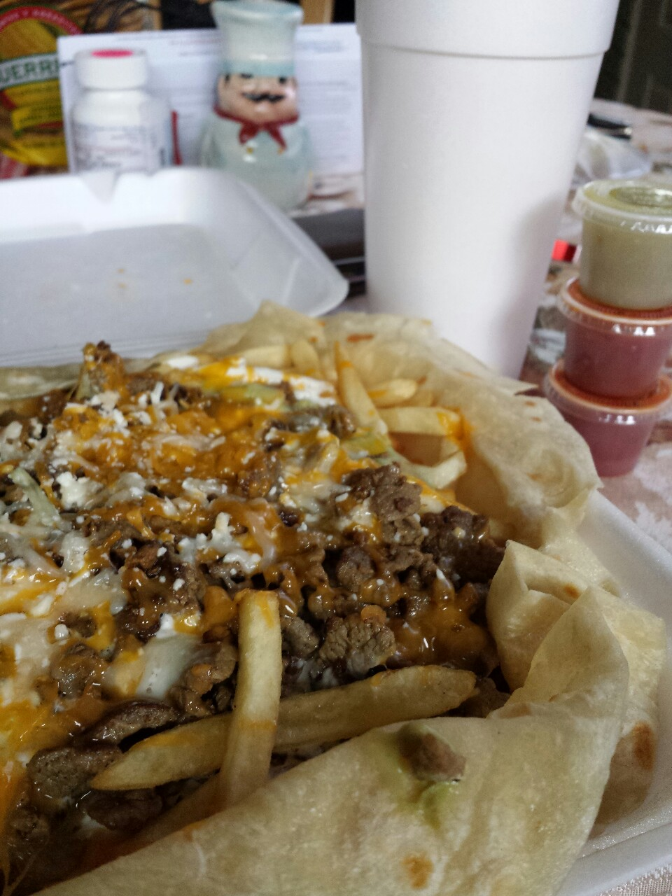 hip-hop-lifestyle: carne asada fries…its been way too long.