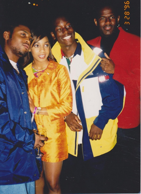 90shiphopraprnb :      D'Angelo, Terry Ellis, Tyrese and Brian McKnight