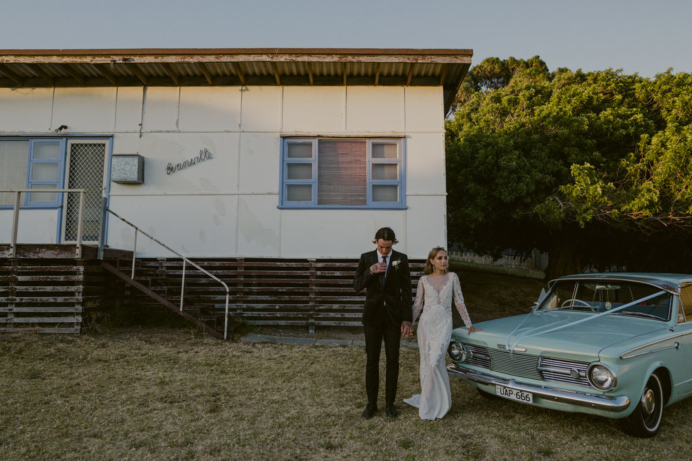 caitlinandki_falcon_backyardwedding_perthweddingblog_jennamasonphotographer-088.jpg