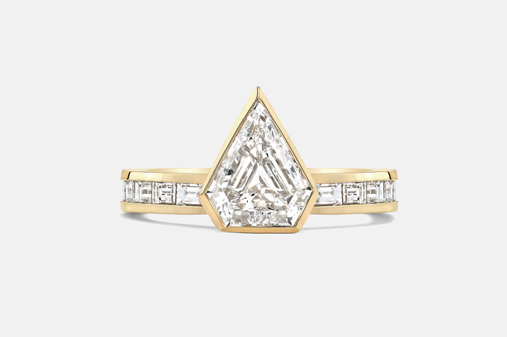 AZLEE SHIELD DIAMOND & BAGUETTE RING.jpg