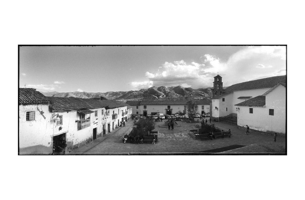 Cuzco_Plaza_San_Blas.jpg