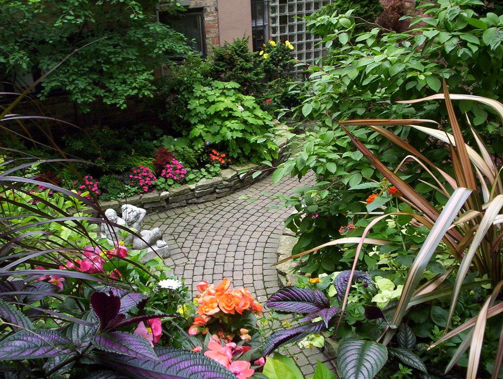 Portfolio terhaar garden design for Perennial container garden designs