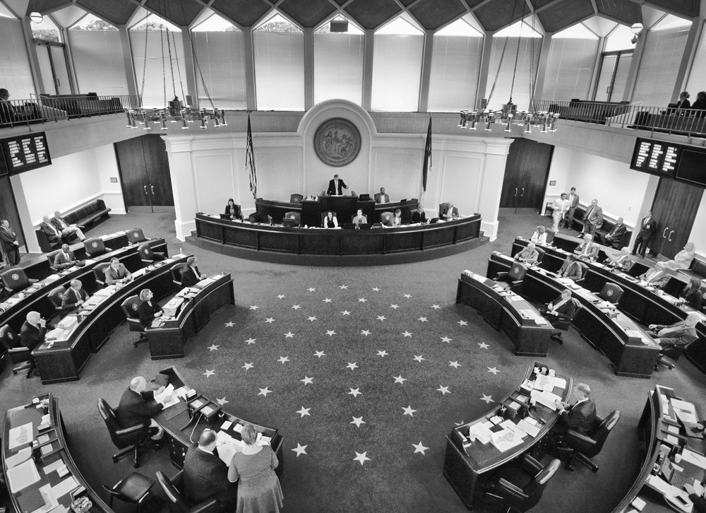 Overall view of the Senate chamber.