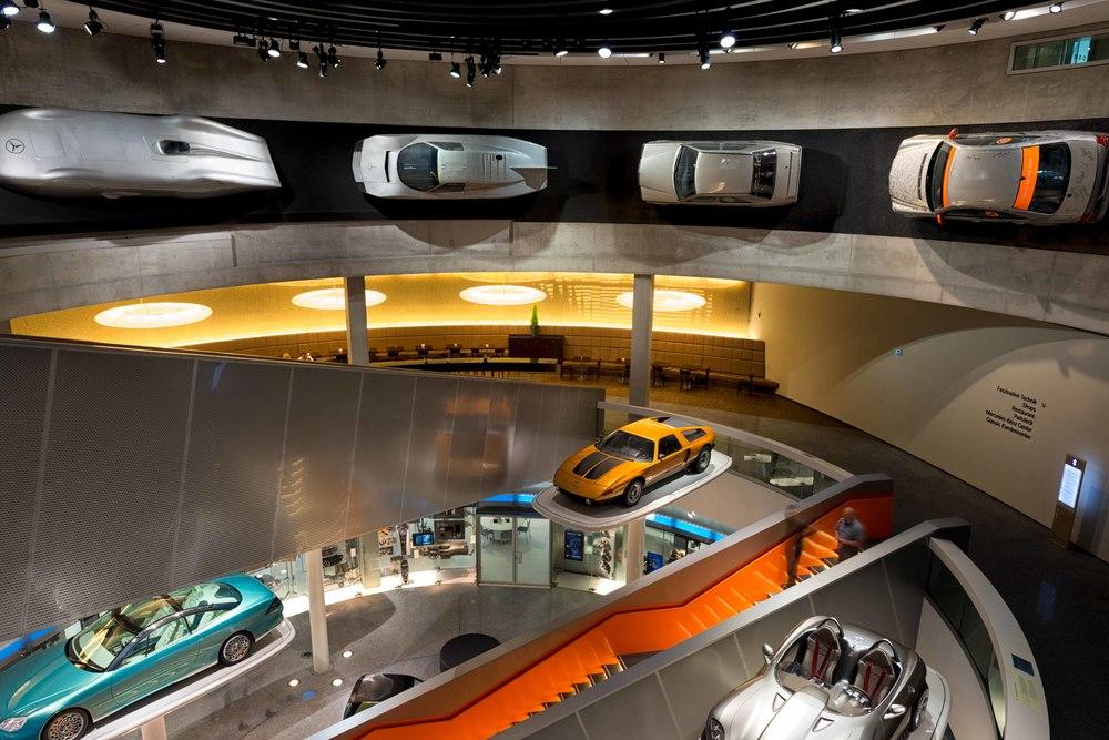 Mercedes-Benz-021.jpg
