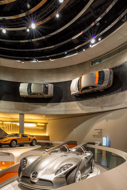 Mercedes-Benz-023.jpg