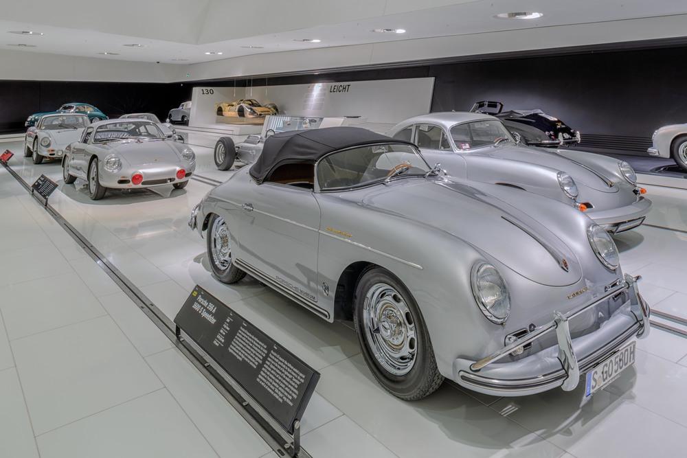 Porsche Museum - 004.jpg