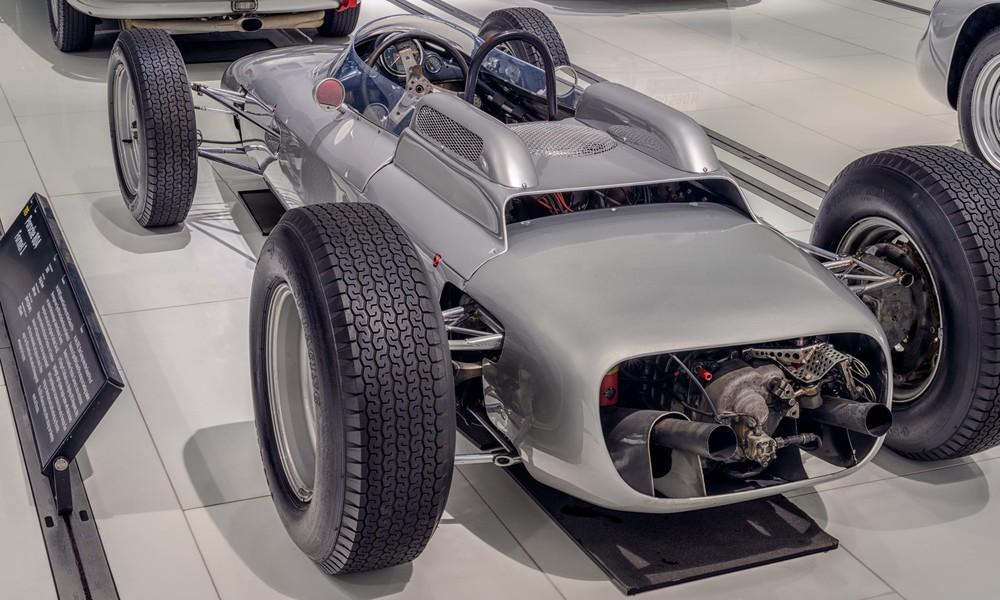 Porsche Museum - 007.jpg