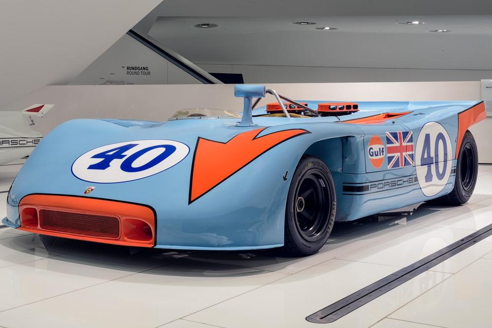 Porsche Museum - 010.jpg