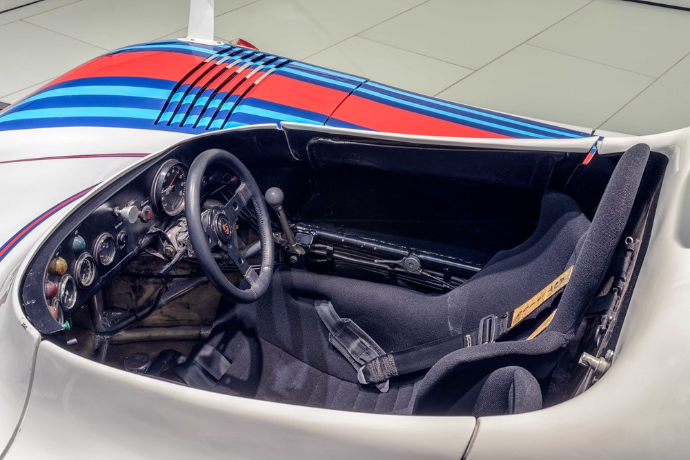 Porsche Museum - 017.jpg