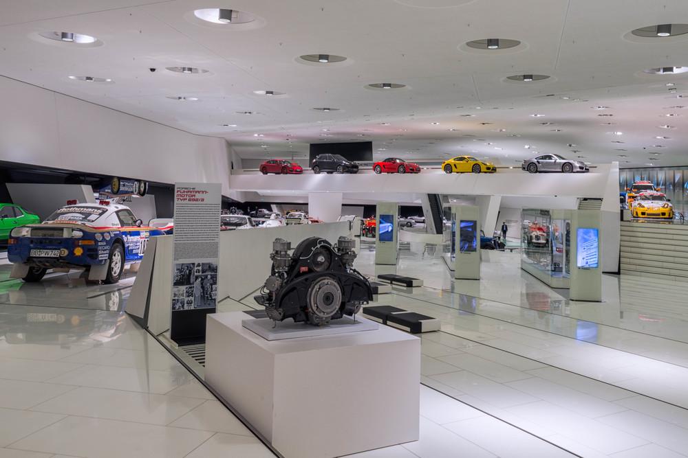 Porsche Museum - 020.jpg