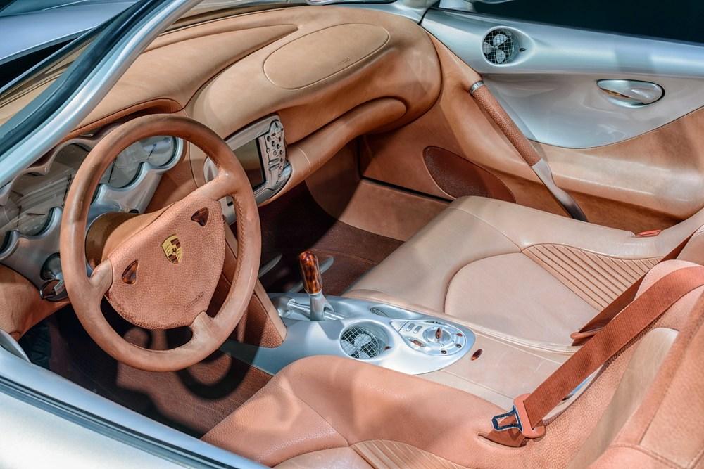 Porsche Museum - 029.jpg