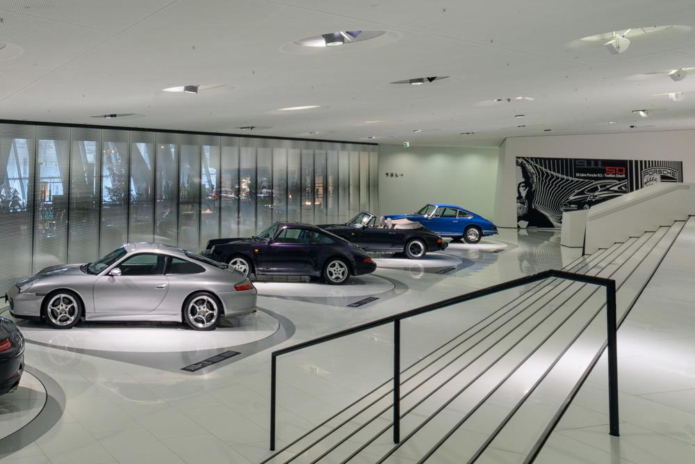 Porsche Museum - 036.jpg