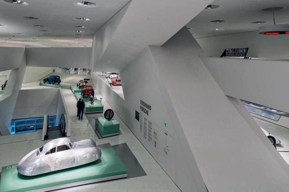 Porsche Museum - 037.jpg