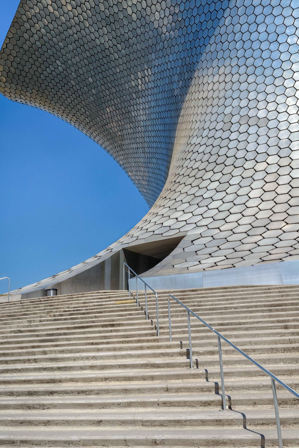 Entrance to the Soumaya Museum.