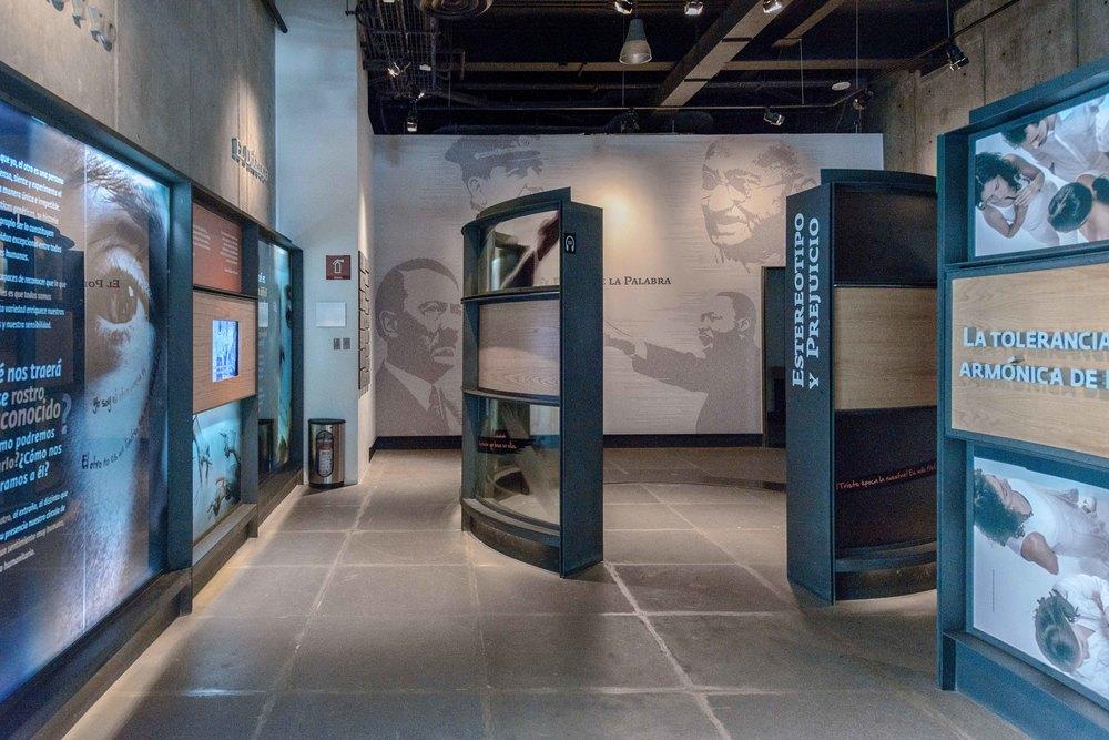 Museo Memoria y Tolerancia - 035.jpg