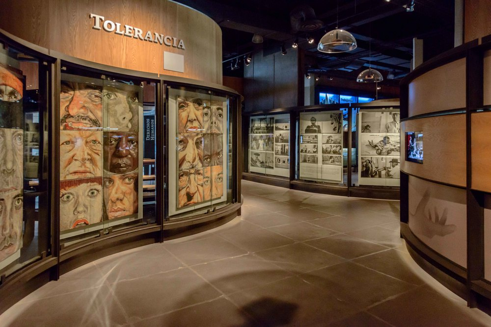Museo Memoria y Tolerancia - 036.jpg