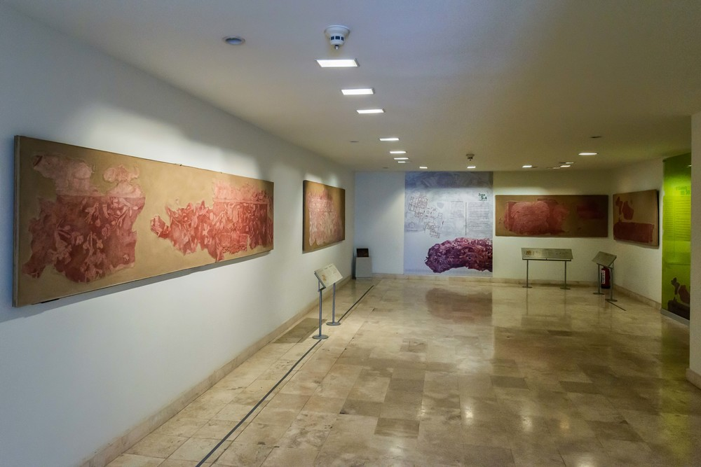 View of one of the exhibition rooms in Museo de Murales Teotihuacan.