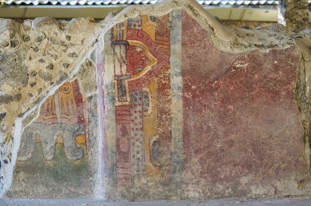 Murals at Tetitla, one of the many housing complexes located around the ceremonial center of Teotihuacan. Most of its rooms are elaborately painted, its murals portraying different themes related to the cosmos and religion in ancient Teotihuacan.