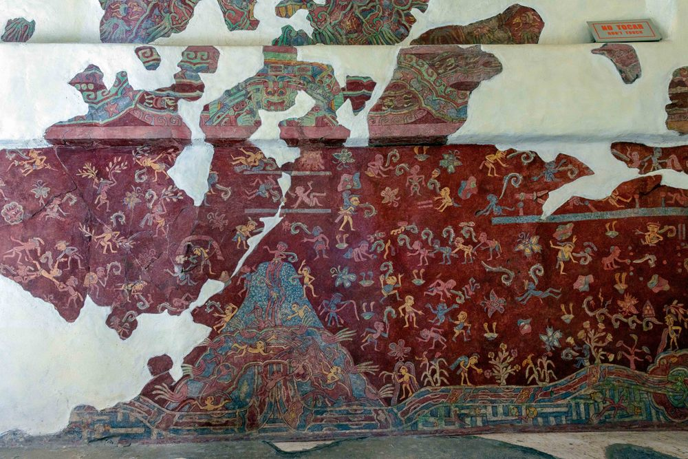 A portion of the actual mural from the Tepantitla compound which appears under the Great Goddess portrait.