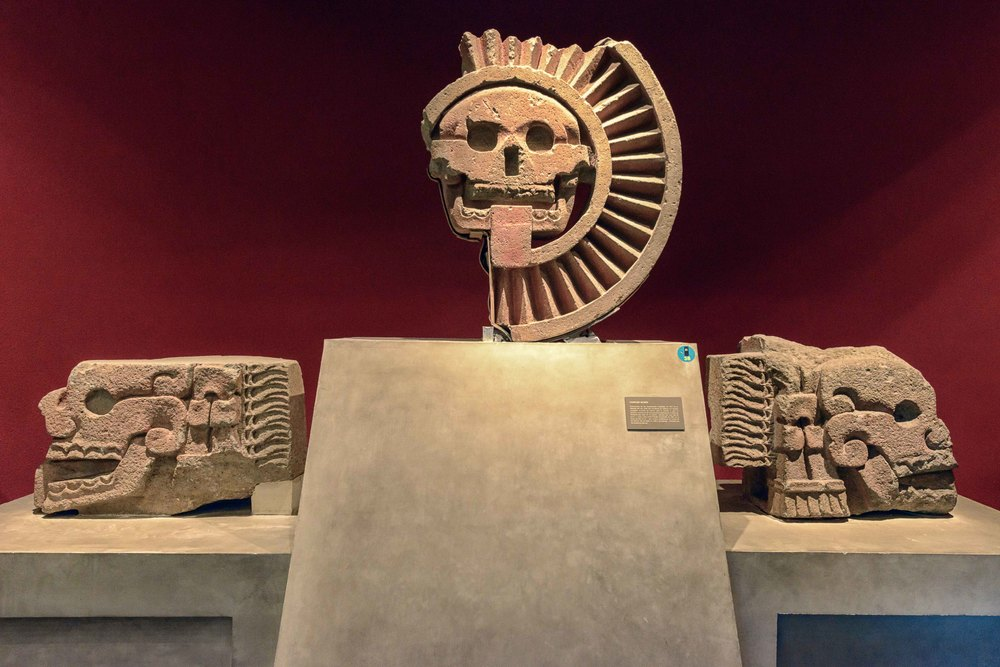Death Complex. From excavations in 1917 in the Pyramid of the Sun, these two bands knotted sculptures denote a mooring for death or for sacrifice; both are of Teotihuacan manufacturing.