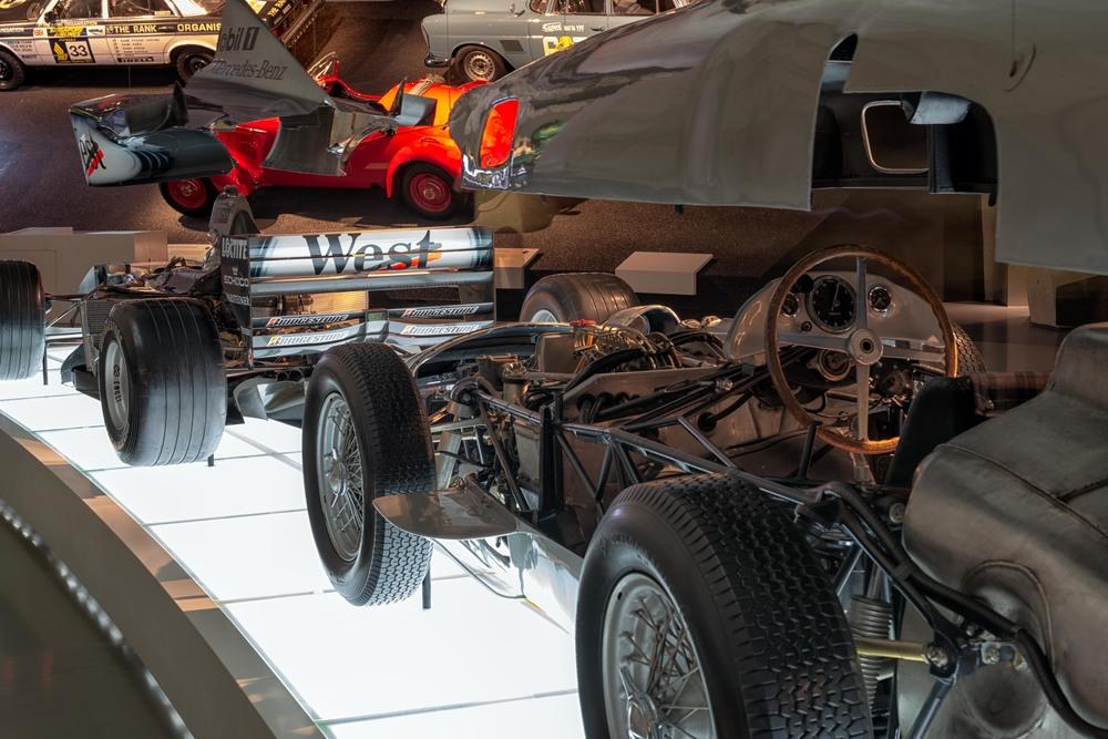 Mercedes-Benz-016.jpg