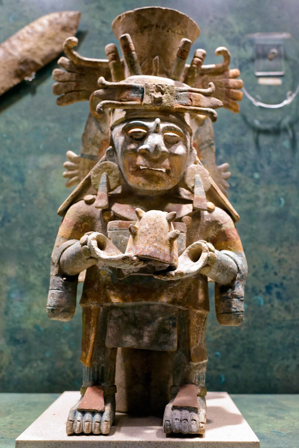 Deities. The Maya gods were elated with the trades , such as traders , warriors, farmers each of the periods and numerals, although his cult was almost exclusively the priestly group.