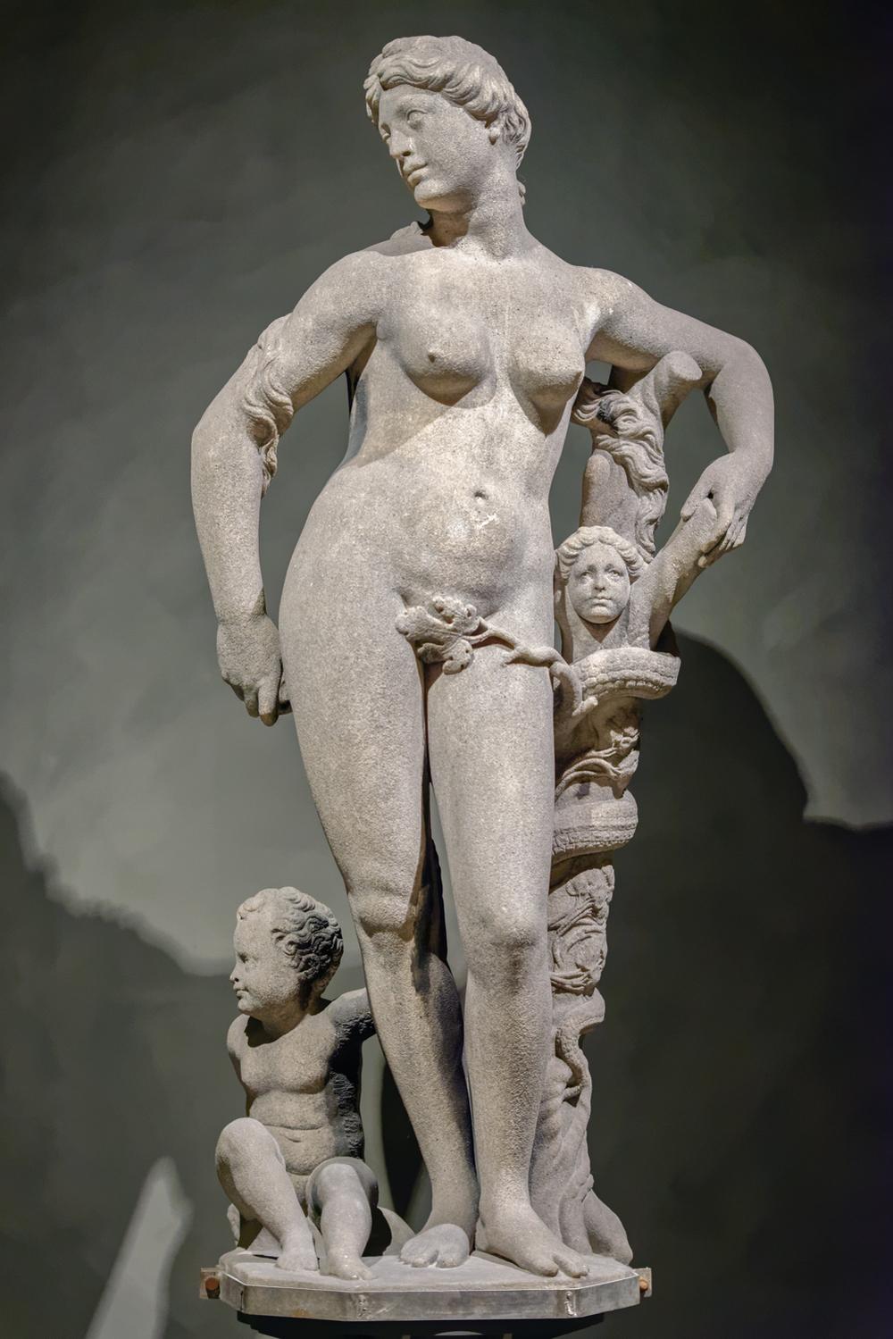 Eve. Giovan Angelo Marini, 1563-1565. Candoglia marble.