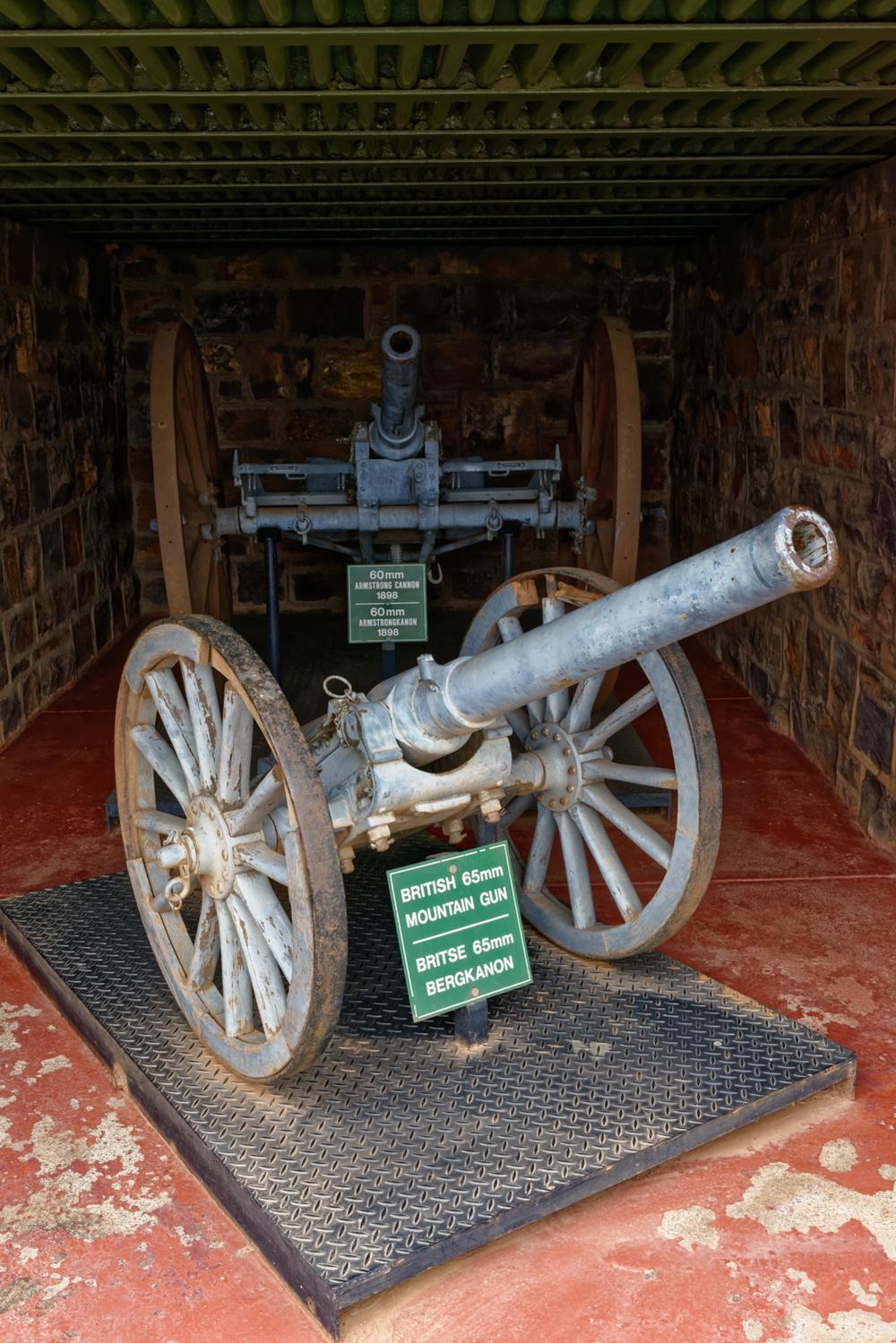 Pretoria Fort Klapperkop. British canons.