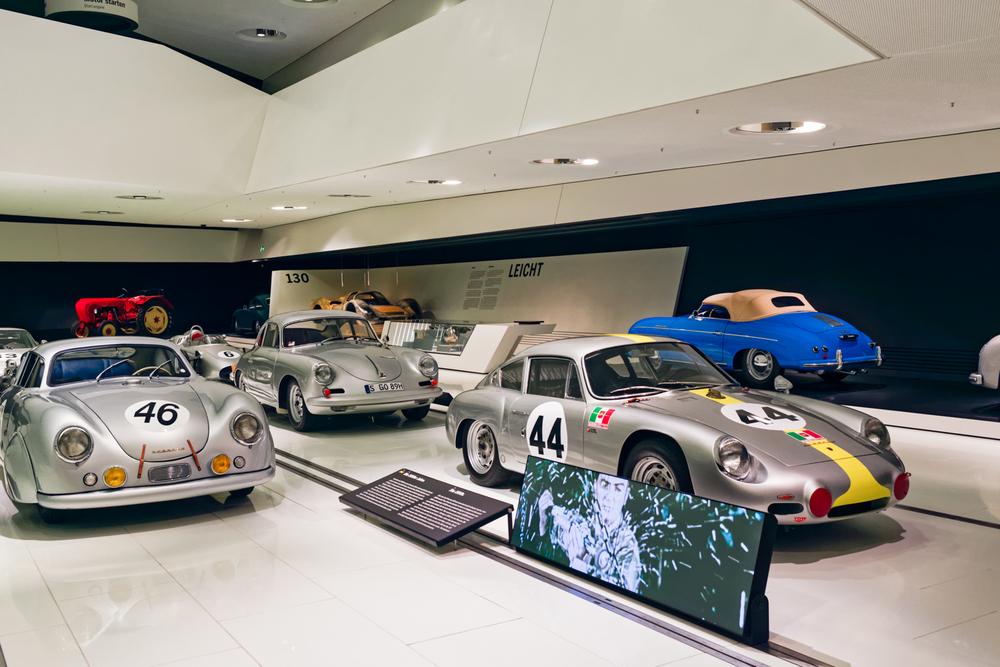 Porsche Museum - 003a.jpg