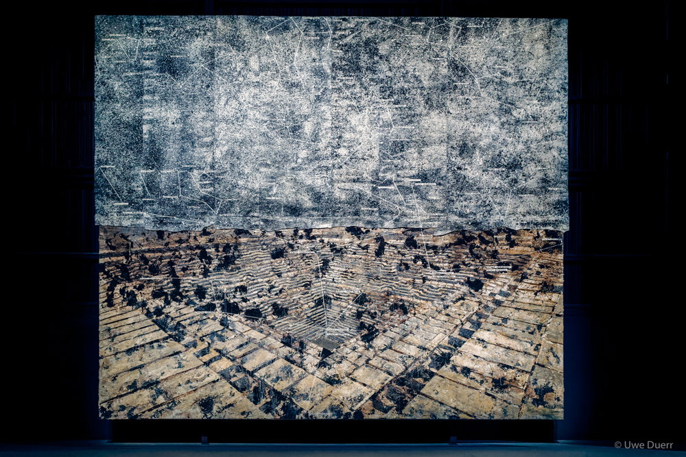 Jaipur, 2009. The title of this painting is taken from Jaipur, a city Kiefer visited during his numerous travels throughout India.