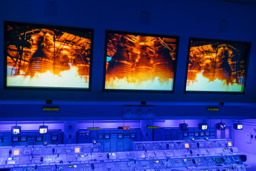 The Firing Room Theater re-creates an Apollo launch and the Lunar Theater depicts the first moon landing.
