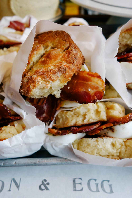 bacon & egg scone