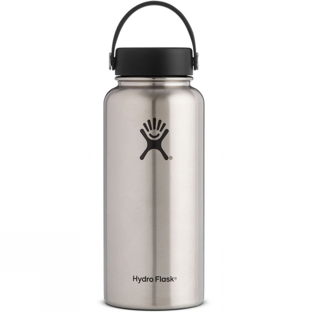 Hydro Flask 32OZ stainless steel - It's insulated so keeps both hot or cold.